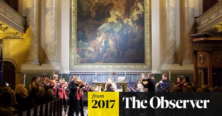 Top orchestra quits Britain over Brexit migration clampdown